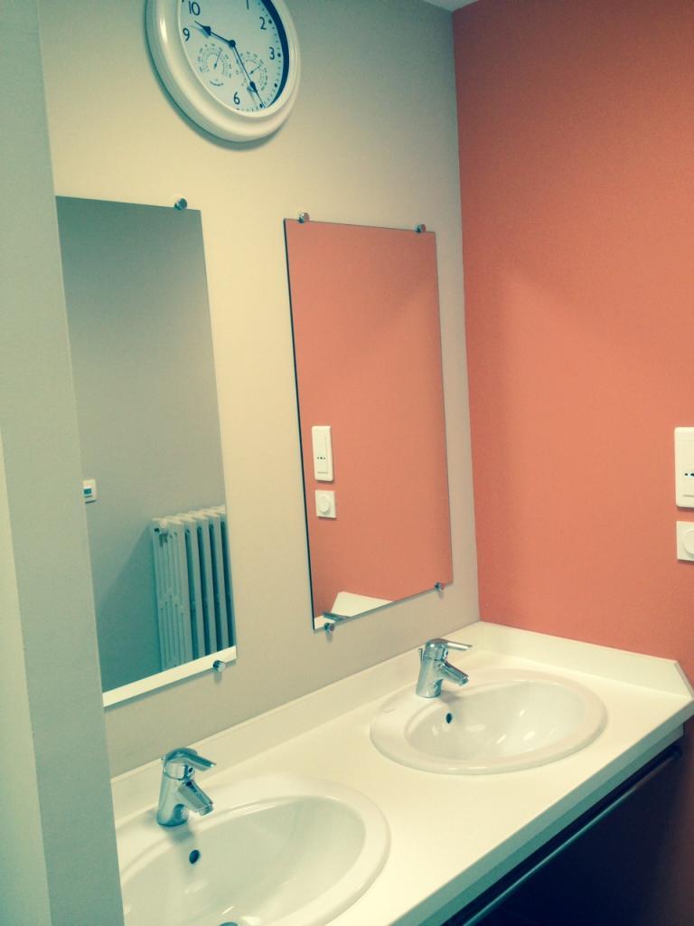 Sanitaires collectifs deuxiéme étage, réalisé debut 2014